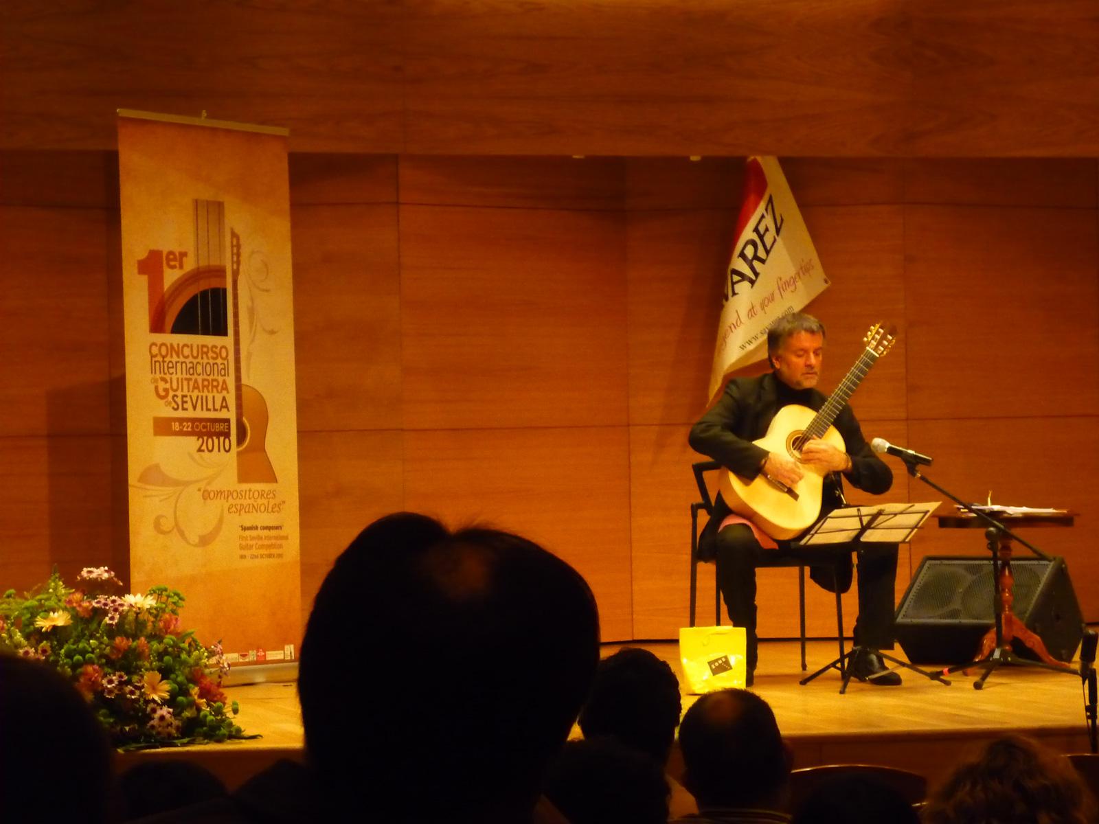 Arturo Tallini - A Sevilla
